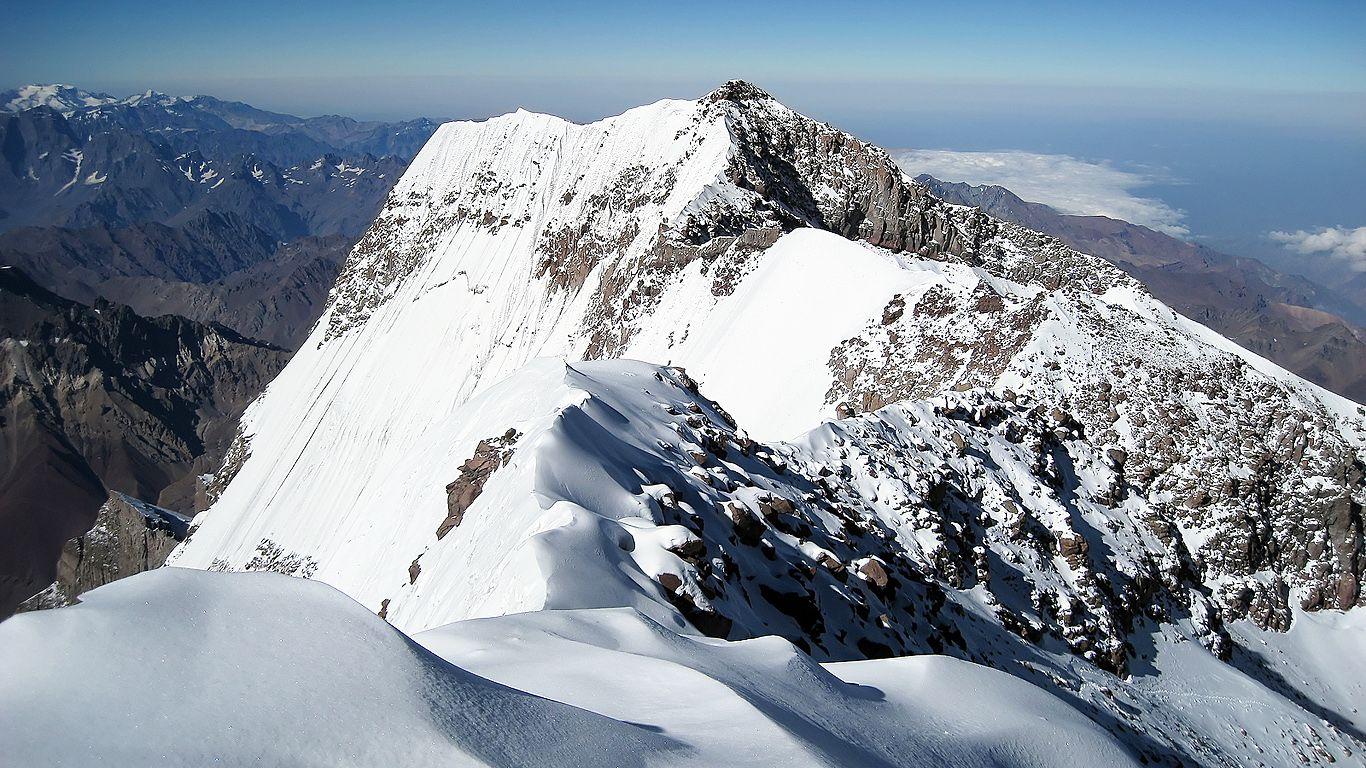 Вершина.Вулкан Аконкагуа