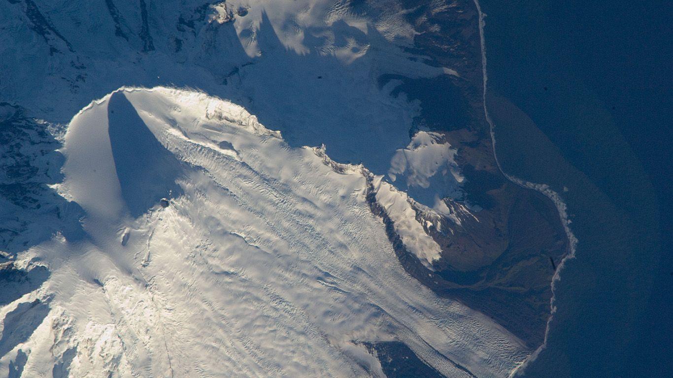 Вулкан Моусон с высоты