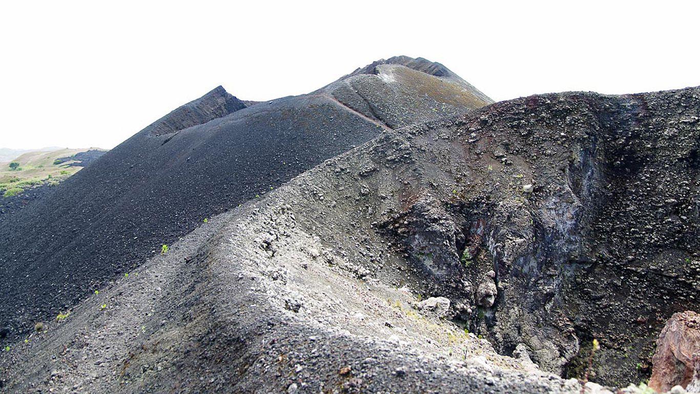 Вулкан Камерун вблизи