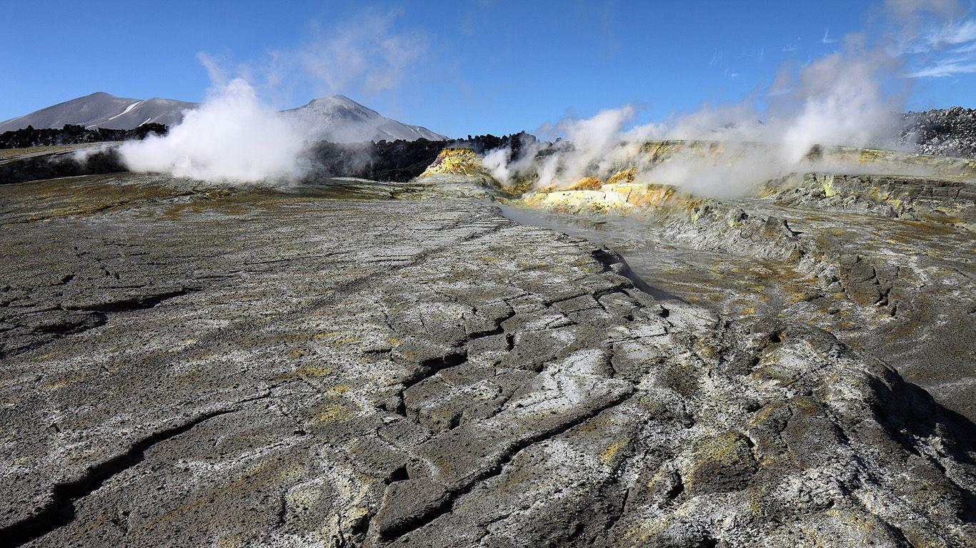 Вулкан Пуйеуэ в 2013 году