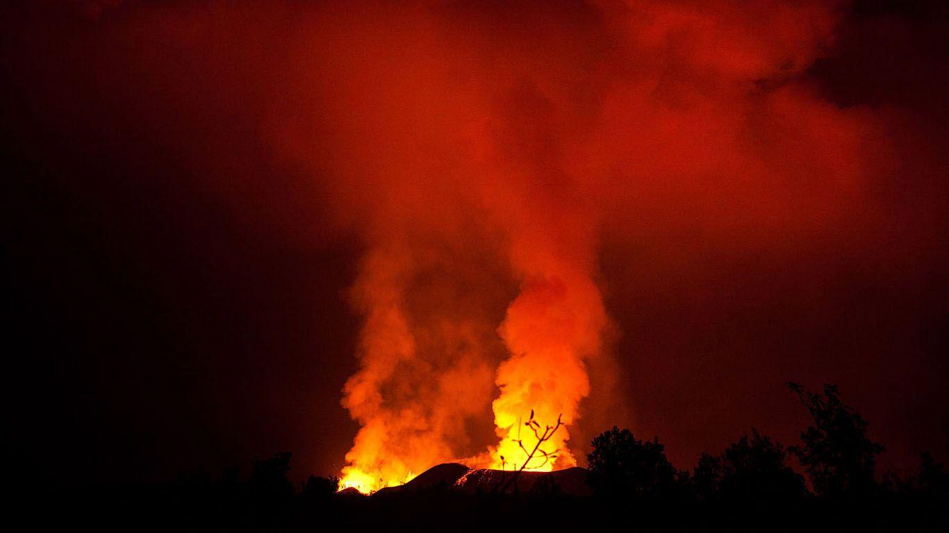 Извержение вулкана Ньямлагира