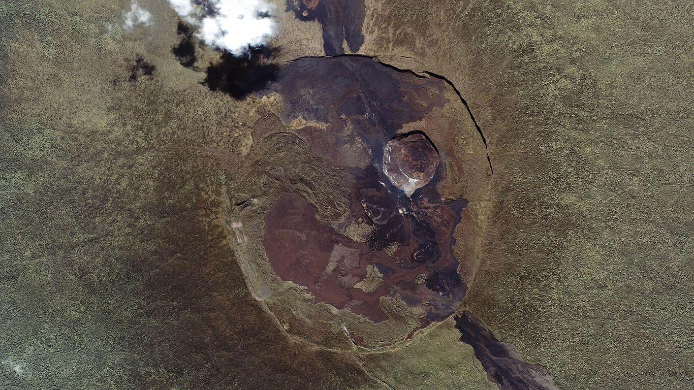 Ньямлагира снимок из космоса