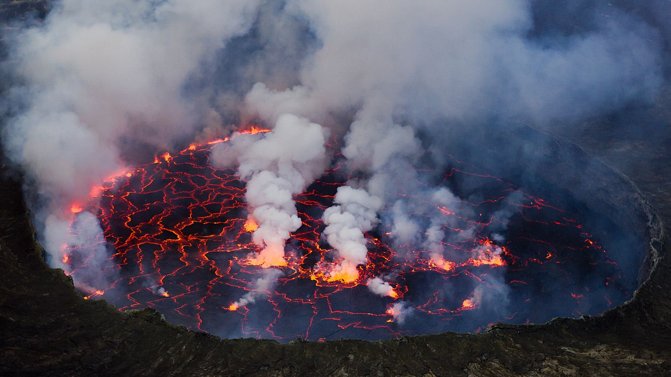 Жерло вулкана Ньирагонго