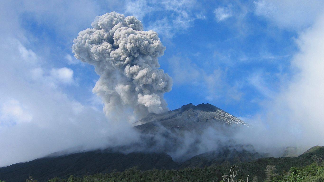Извержение вулкана Тунгурахуа