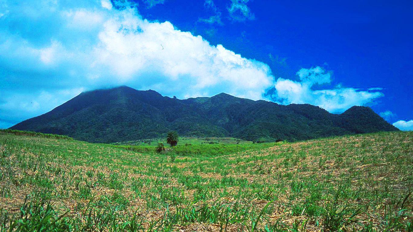 Пейзаж.Вулкан Монтань-Пеле