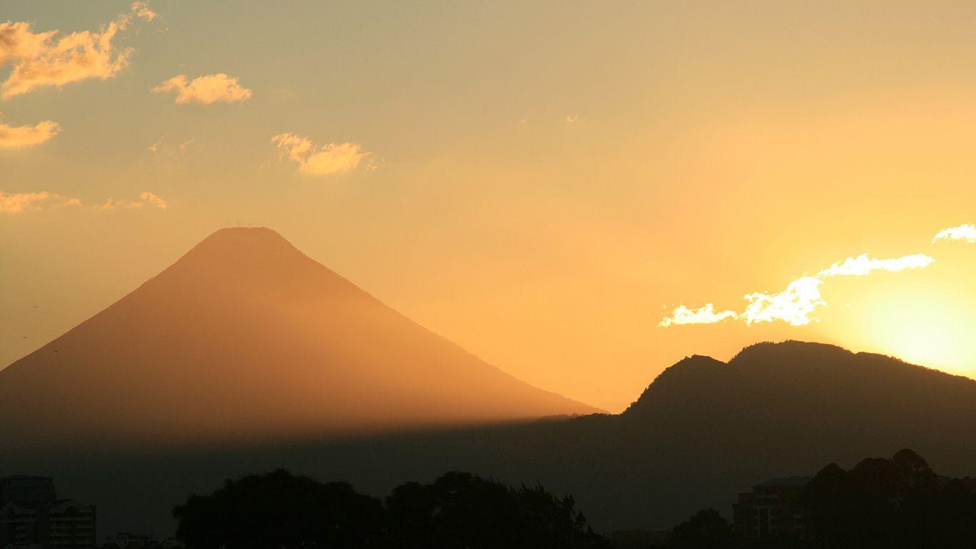 Восход.Вулкан Агуа