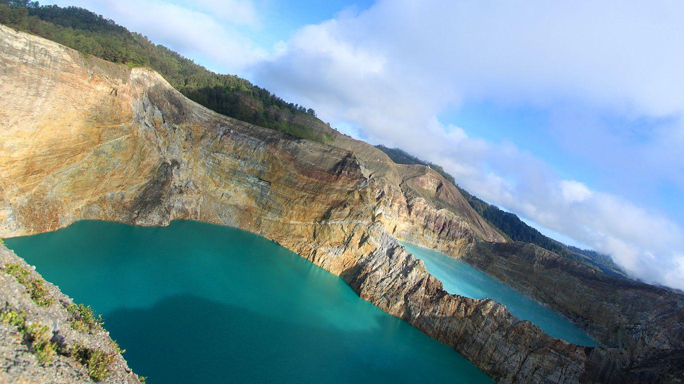 Озера.Вулкан Келимуту