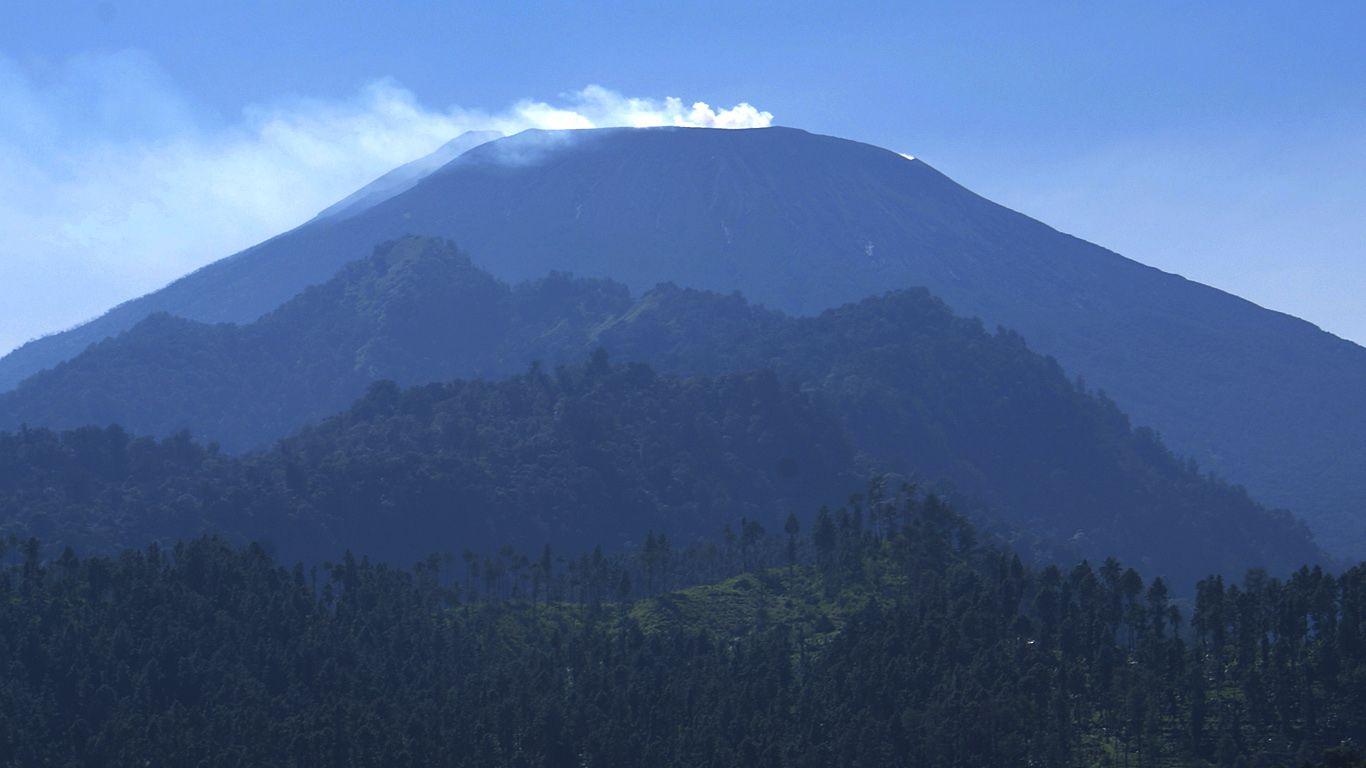 Вулкан Сламет