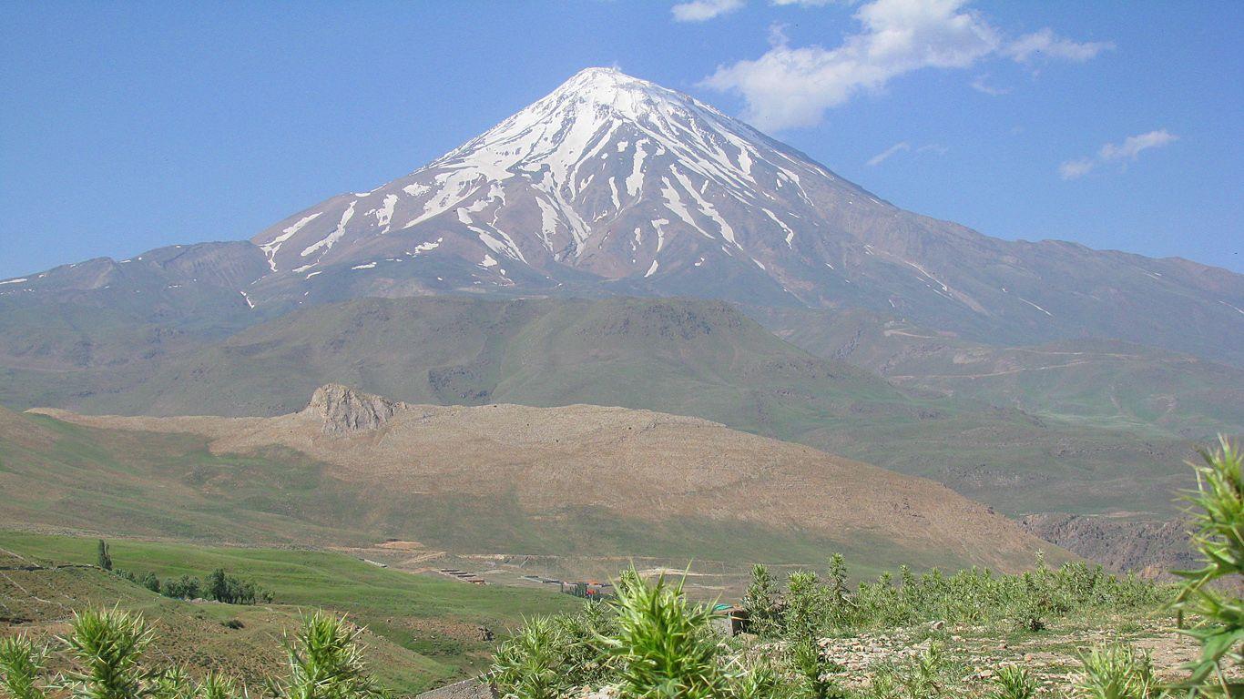 Вулкан Демавенд