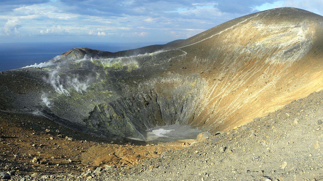 Вулкан Вулькано