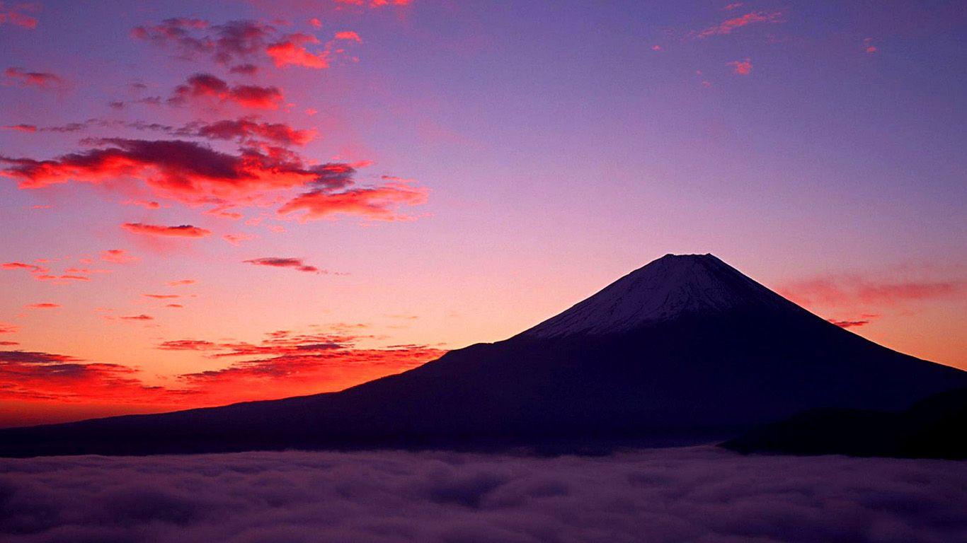 Закат. Вулкан Фудзияма