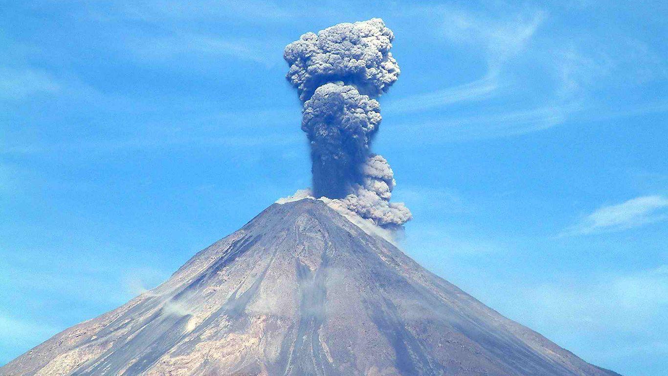 Извержение.Вулкан Колима