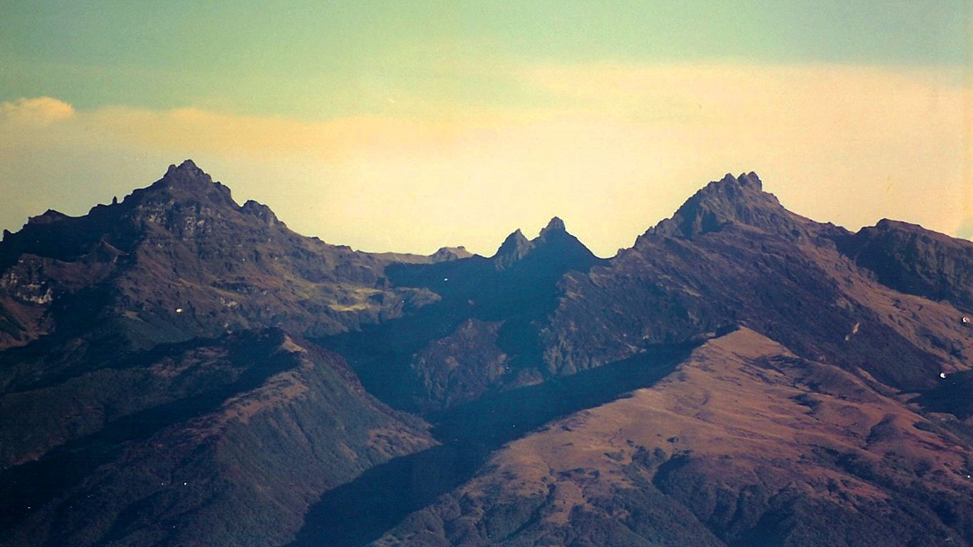 Вулкан Гилуве вблизи