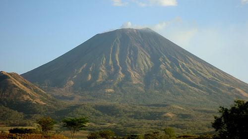 Вулкан Сан-Кристобаль