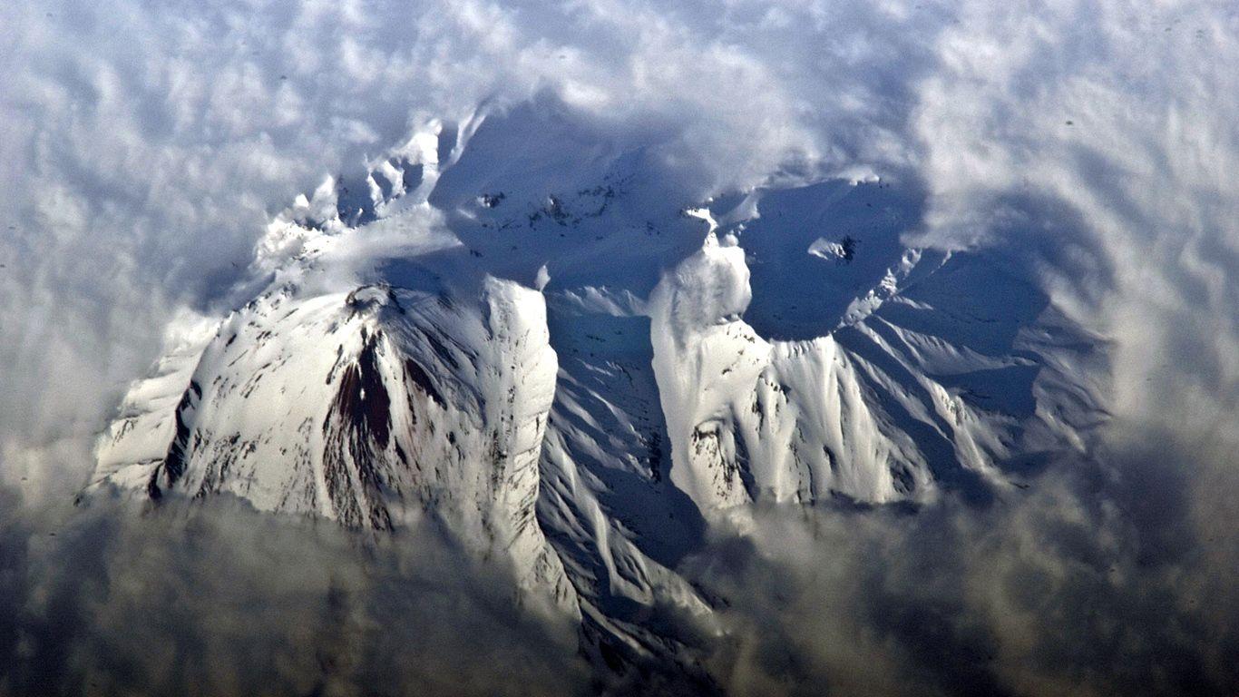 Авачинский вулкан с высоты
