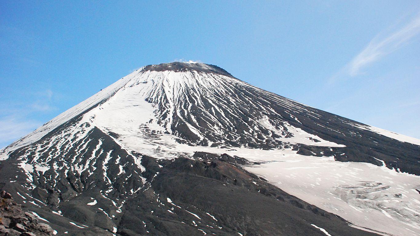 Авачинский вулкан вблизи