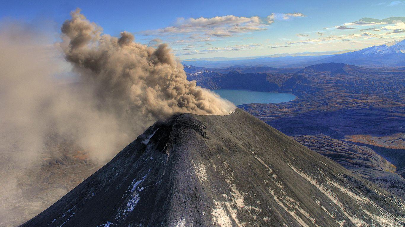 Извержение.Карымский вулкан