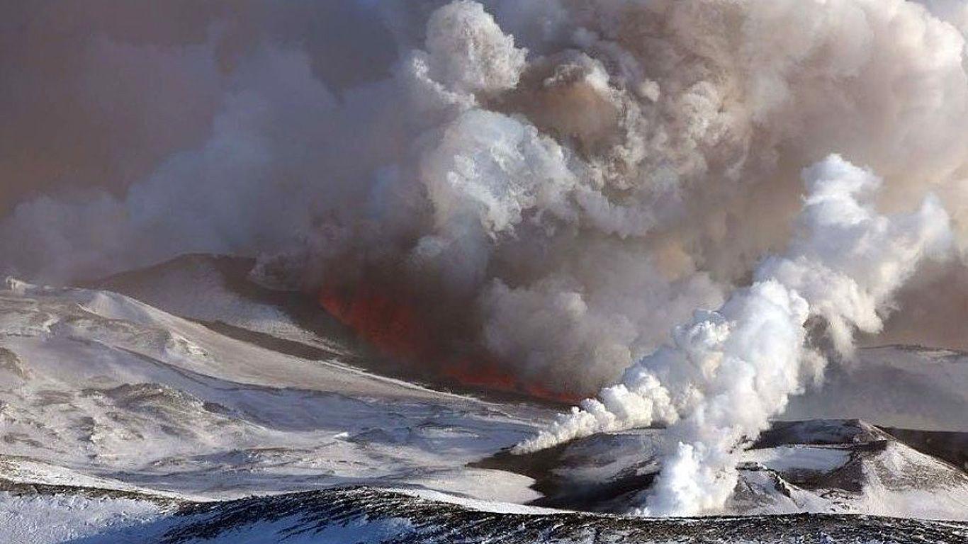 Извержение.Вулкан Толбачик