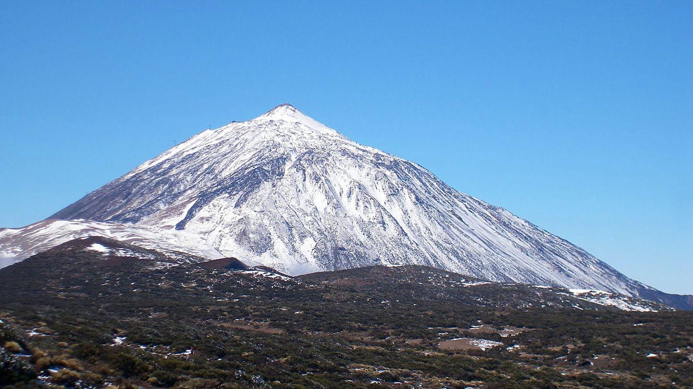 Вулкан Тейде зимой