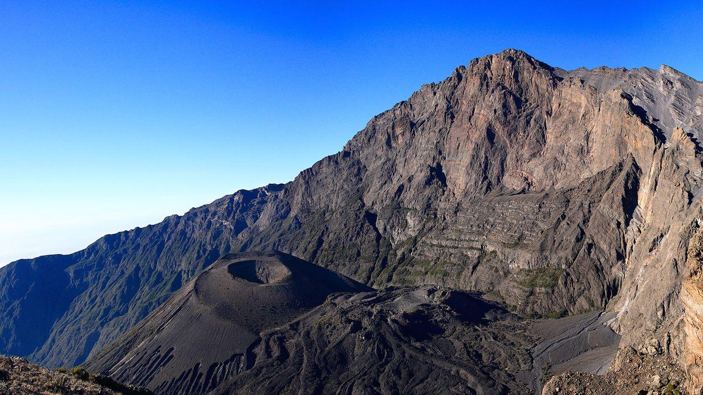 Пейзаж.Вулкан Меру