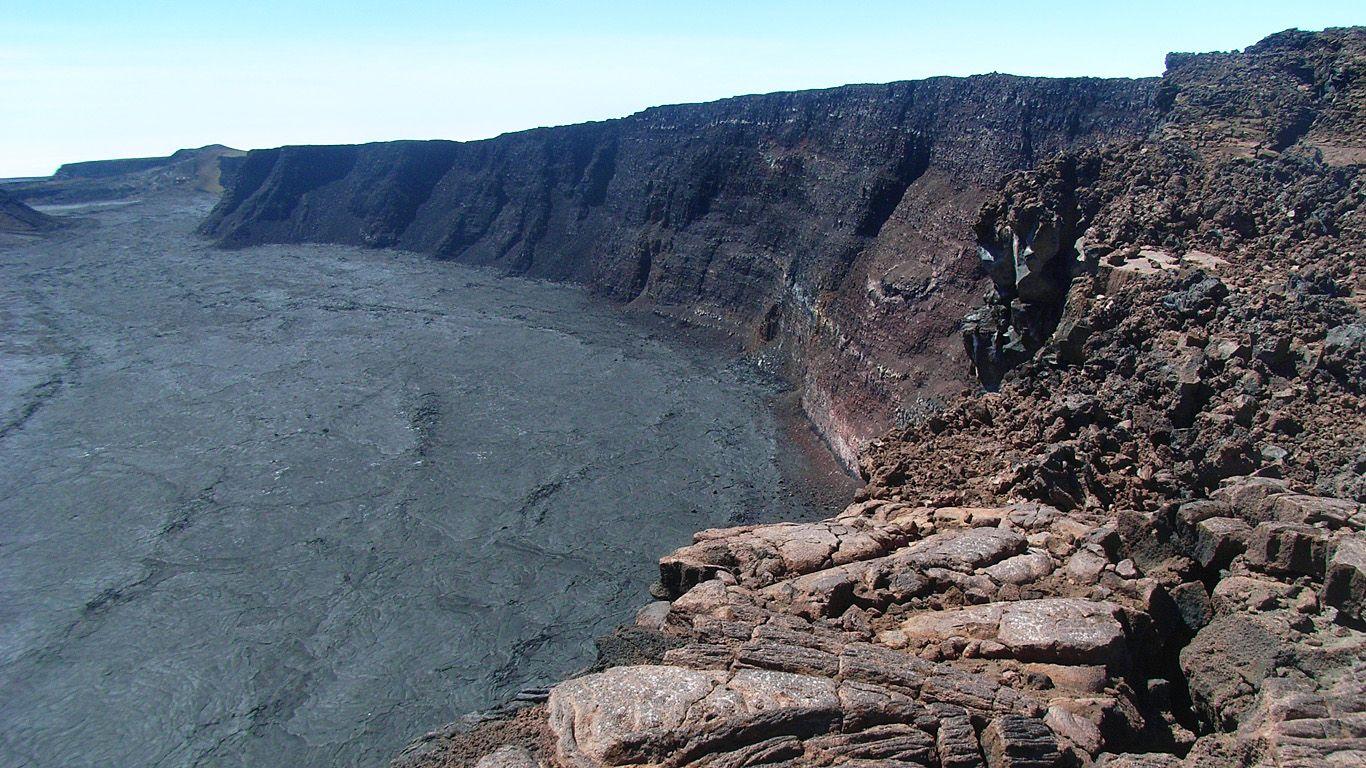 Жерло вулкана Мауна-Лоа