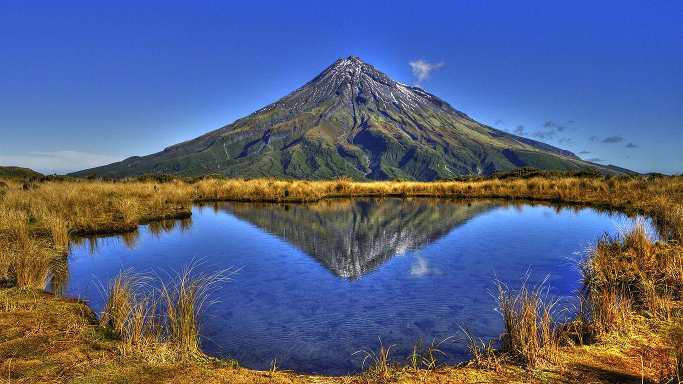 Пейзаж.Вулкан Таранаки