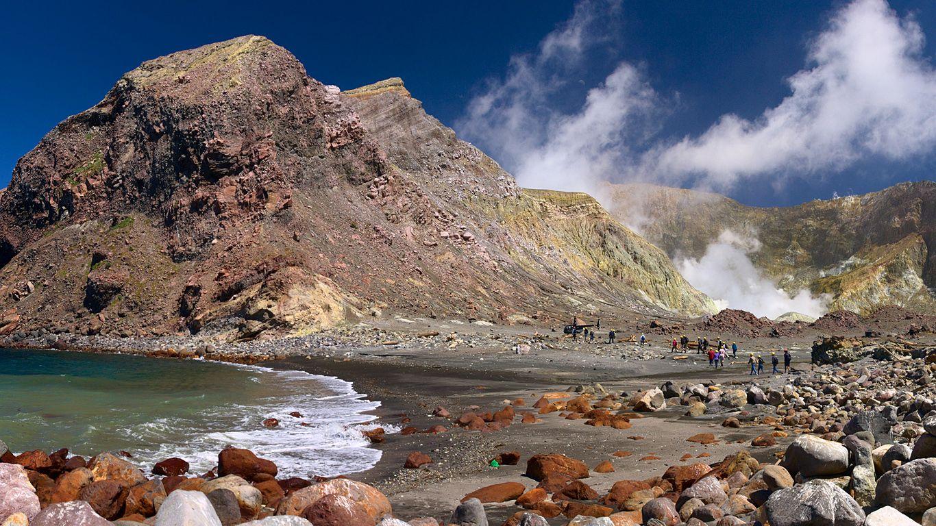 Берег вулкана Уайт-Айленд