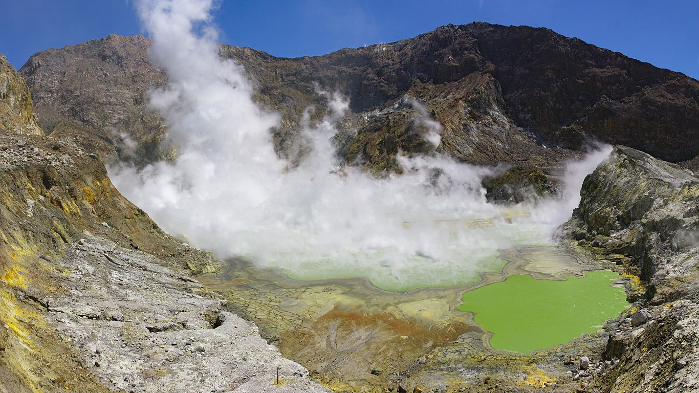 Кратер вулкана Уайт-Айленд